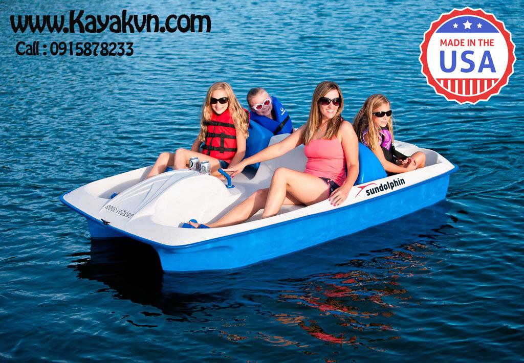 thuyen-dap-vit-pedal-boat
